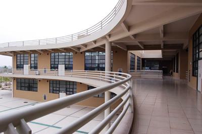 建筑与土木工程cad实验室承担建筑土木类专业课程